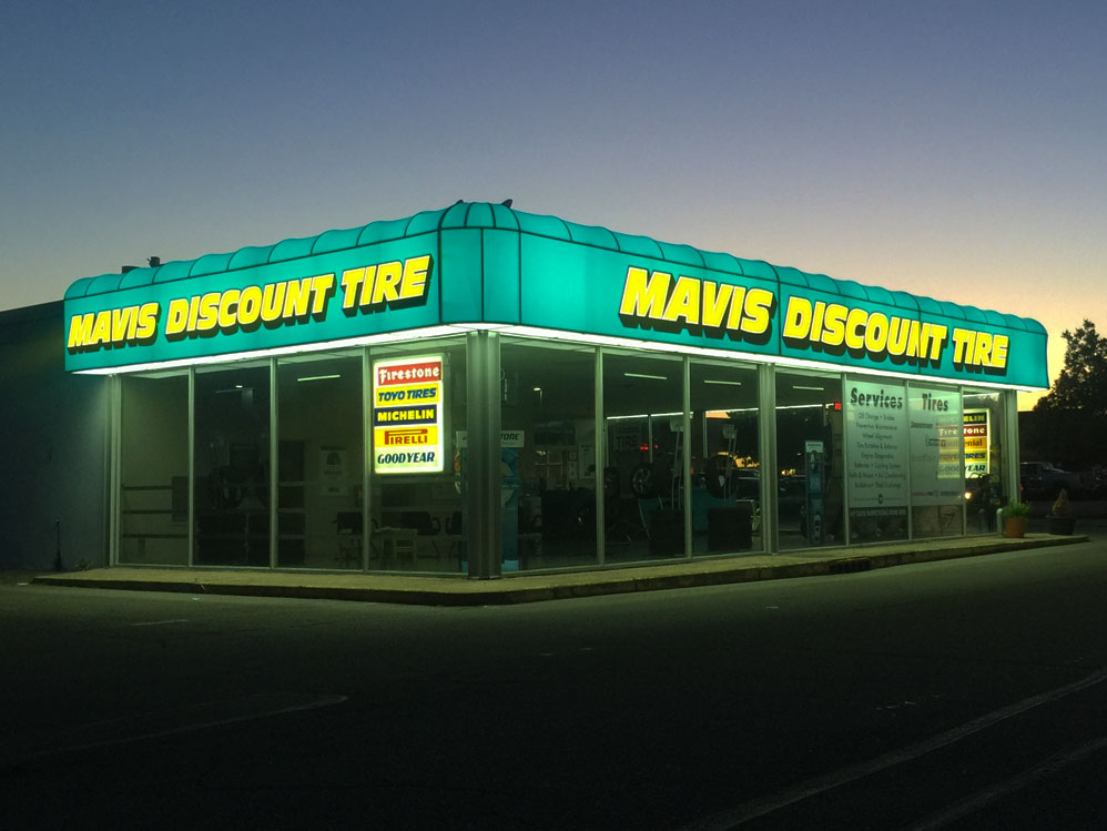 Mavis Discount Tire Awning Day View