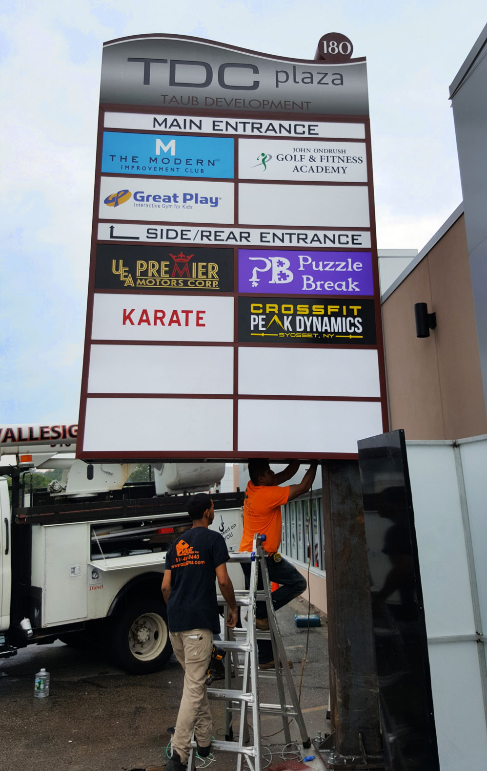 Pylon Sign Installers Long Island NY