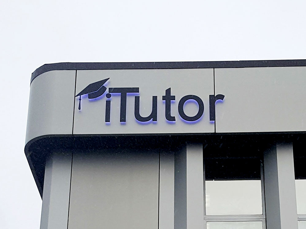 Itutor Halo Lit Sign
