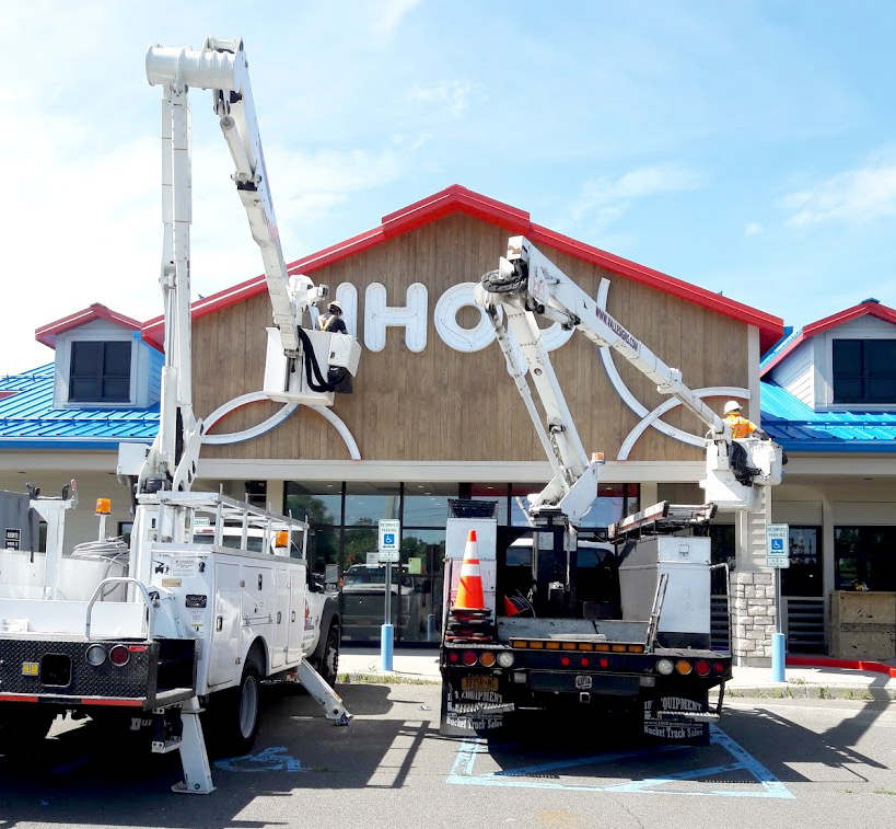 Commercial Sign Installers