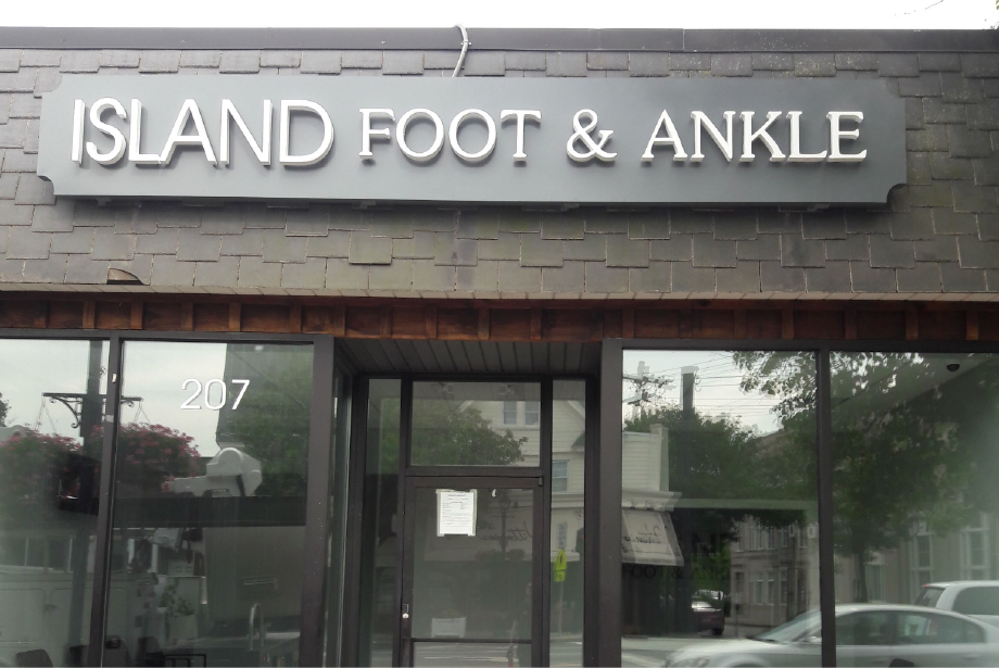 Channel Letter Signs – Long Island New York Island Foot and Ankle